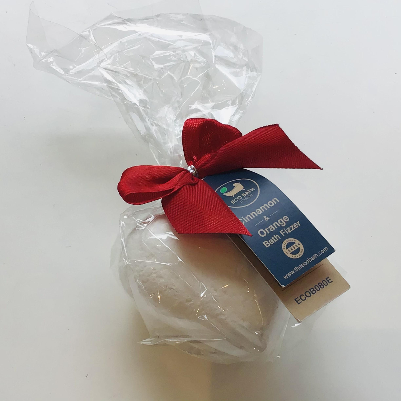 Eco Bath London - Heart shape Bath Bomb - Cinnamon & Orange