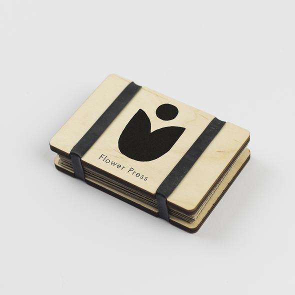 Pocket Flower Press - Abstract by Studio Wald