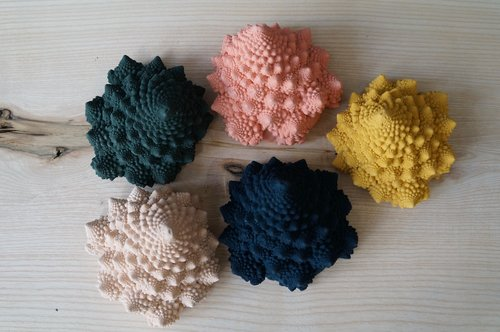 Romanesco cast Paperweight in pink by Tip Studio