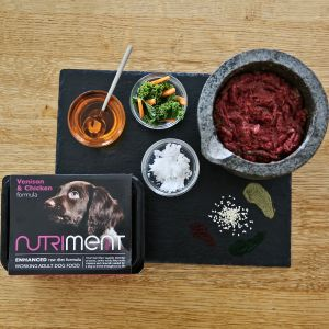 Nutriment Venison with Chicken