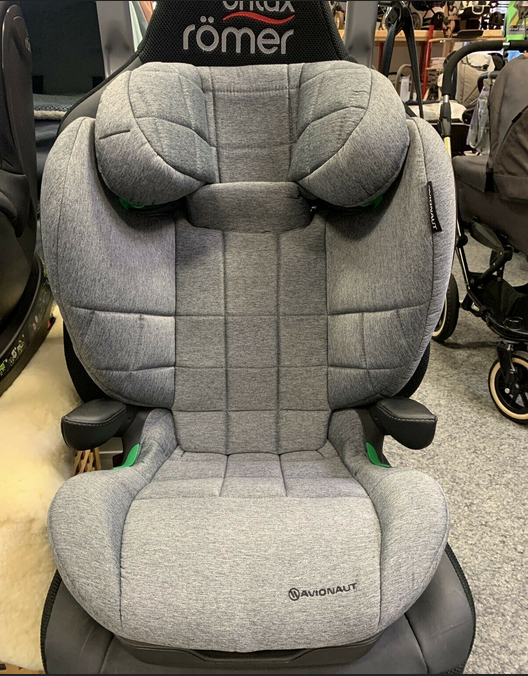Avionaut MAXSPACE Auto-Kindersitz 15-36 kg