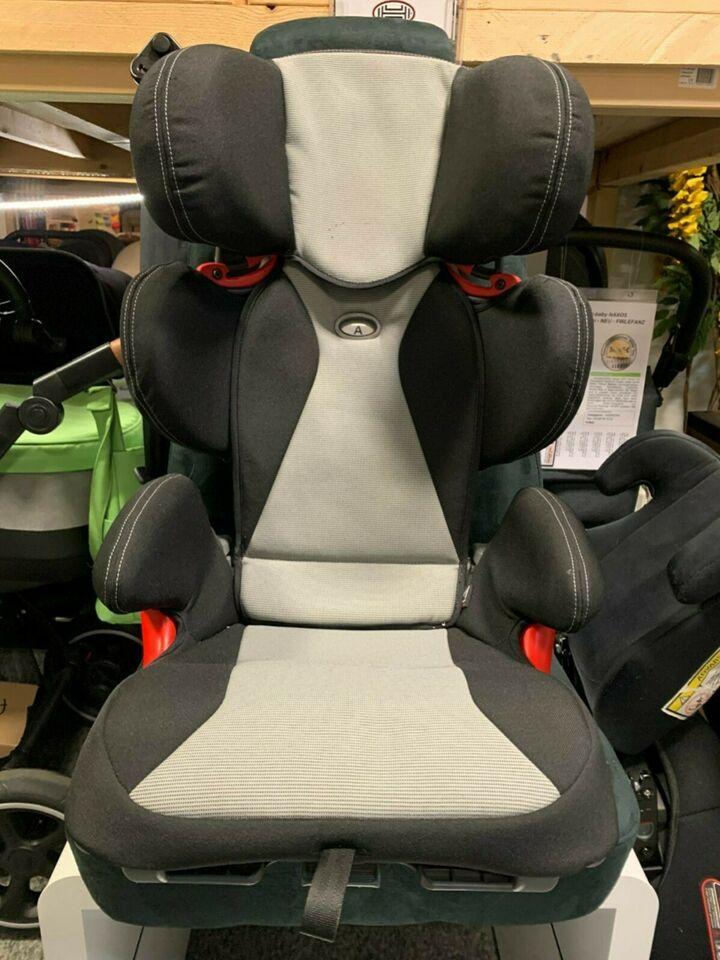 AUDI Youngster PLUS Auto-Kindersitz 15-36kg