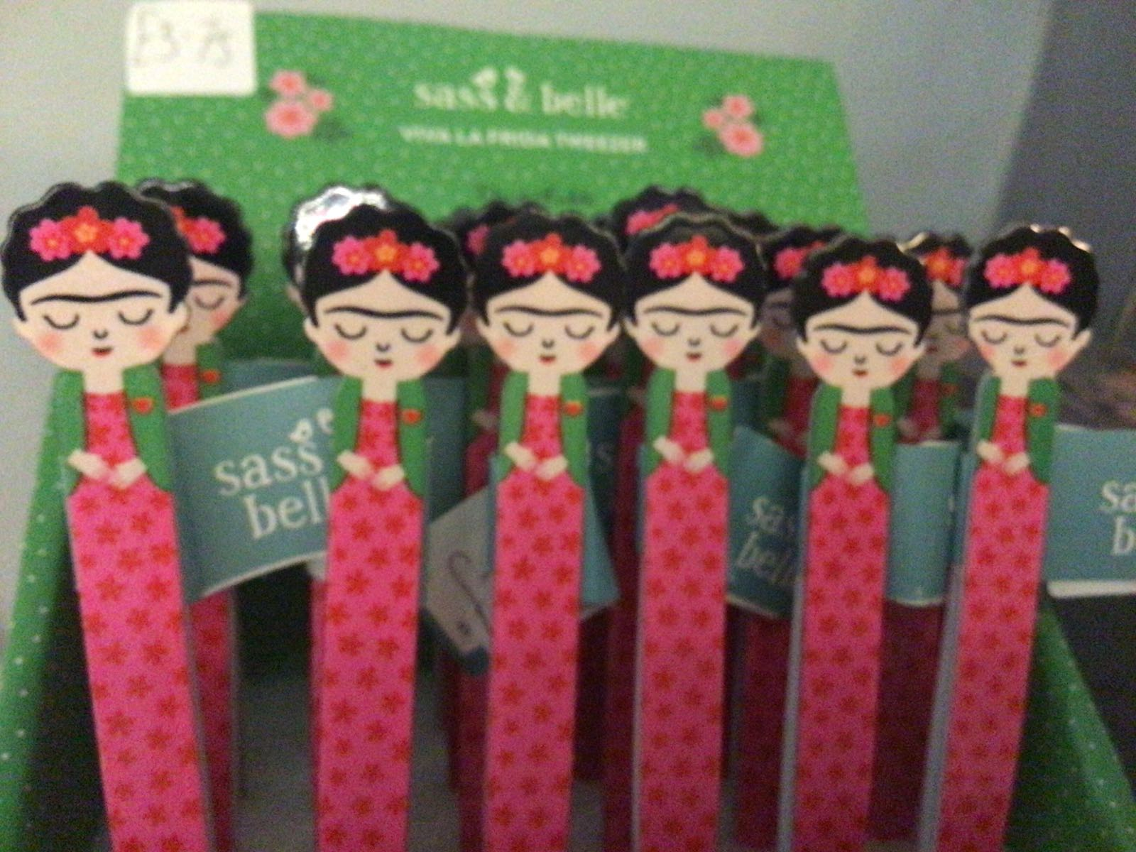 Frida Kahlo tweezers