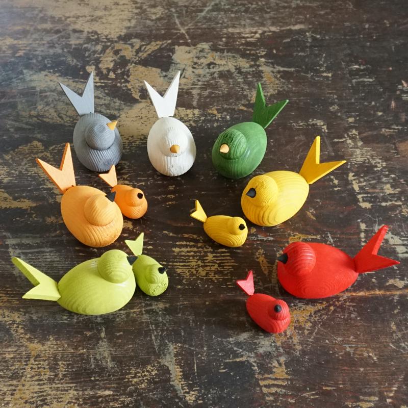 """dekofigur """"kleiner vogel"""", bemaltes holz, ca. 4,5 cm, larssons trä"""
