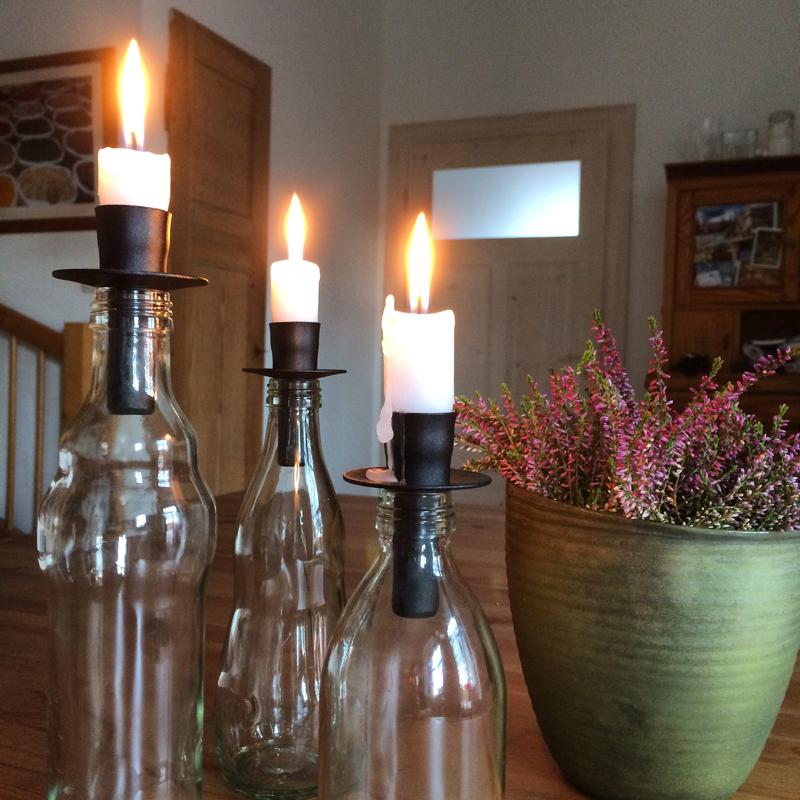 "kerzenhalter/leuchter ""flaska"", geschwärztes gusseisen, ca. 7 cm hoch, geeignet für haushaltskerzen, våges smide"