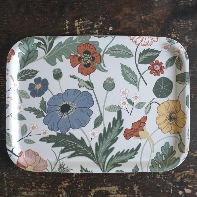 """tablett """"bloom"""", 20 x 27 cm, laminiertes holz, hanna wendelbo"""