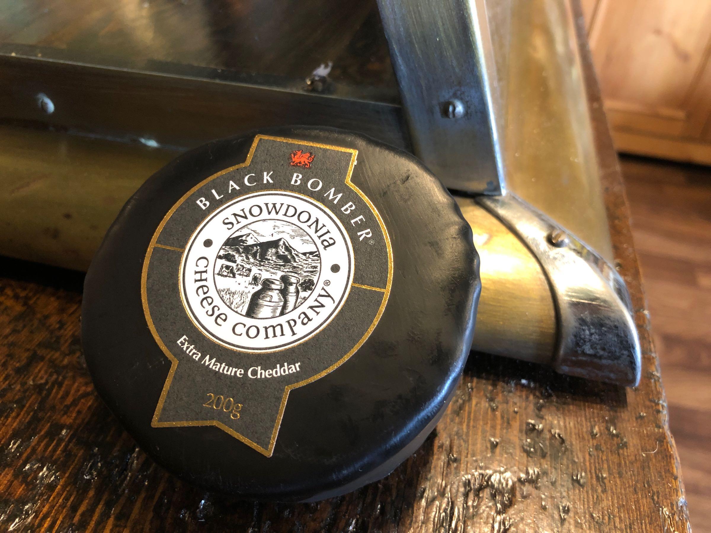 Snowdonia Cheese Co. Little Black Bomber 200g