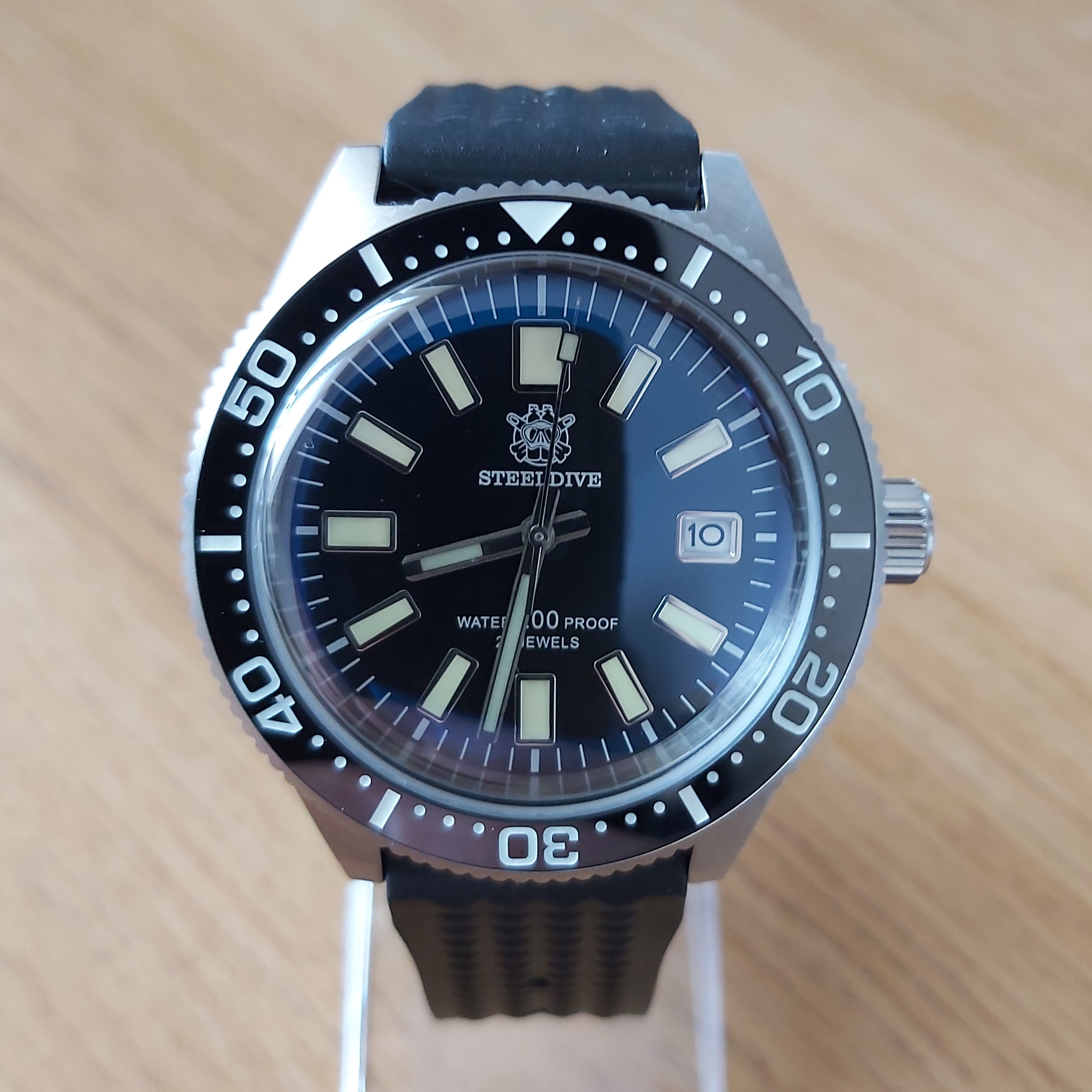Steeldive SD1962 200M Dive Watch - The 62MAS Homage