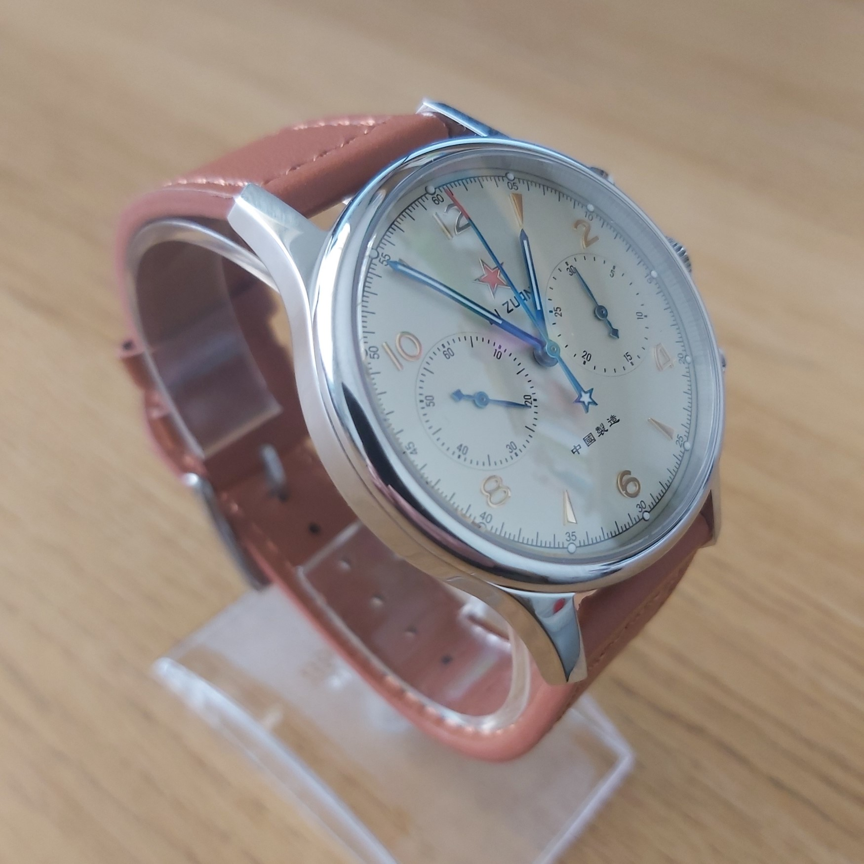 Sugess Seagull 1963 ST1901 Chronograph: LUMED 40mm