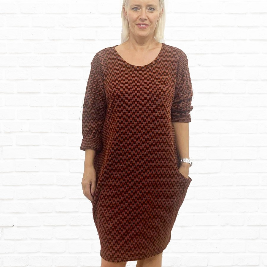 SALE WAS £30 NOW £18 Zig Zag Design Dress