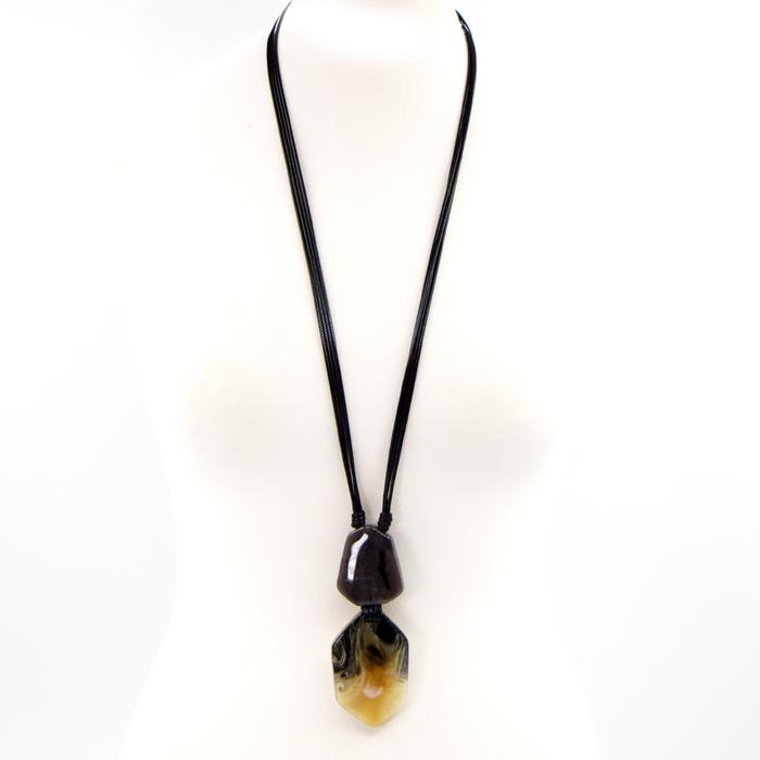 LONG FACETTED SHAPE TORTOISESHELL RESIN NECKLACE