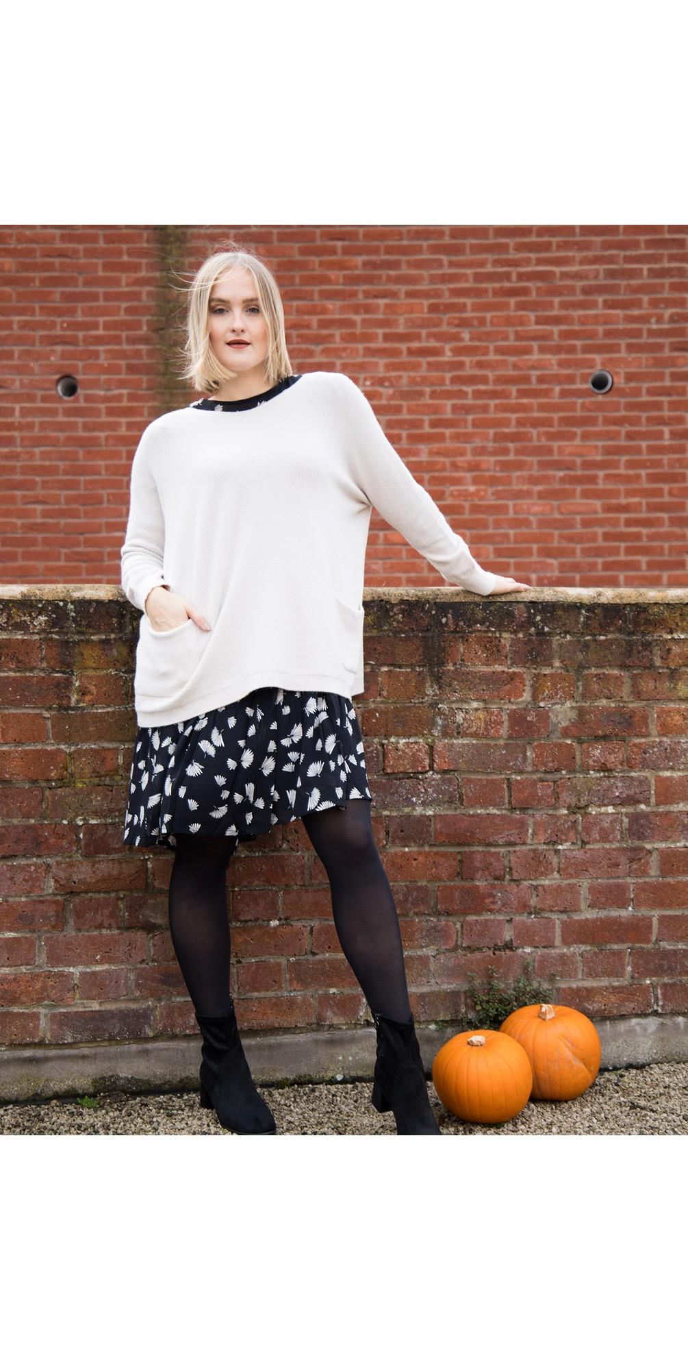 Carys Sweater Ivory - Amazing Woman