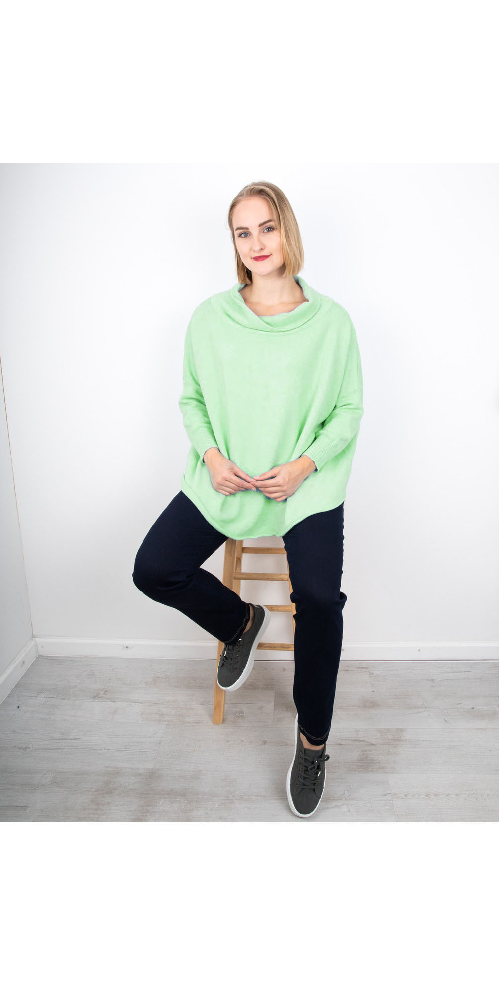 Mint - Vera funnel Neck Sweater