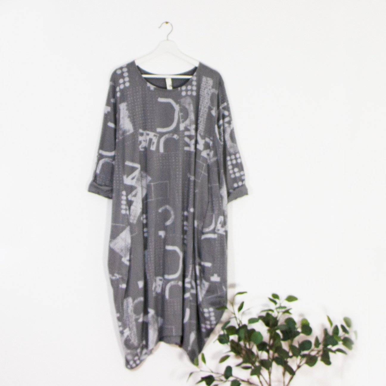 SALE WAS £40 NOW £30 Simple Dress With Contempory Print