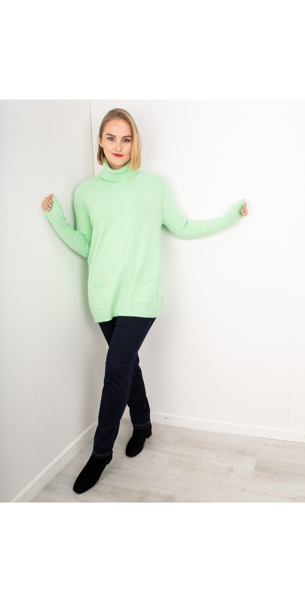 Mint - Anna Sweater