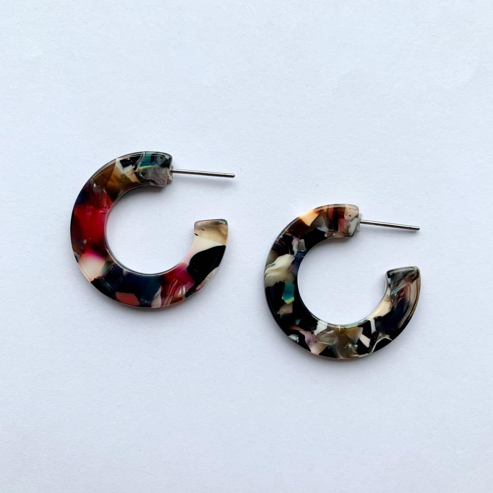 Hortensia Tiny Hoop Earrings Black Multi