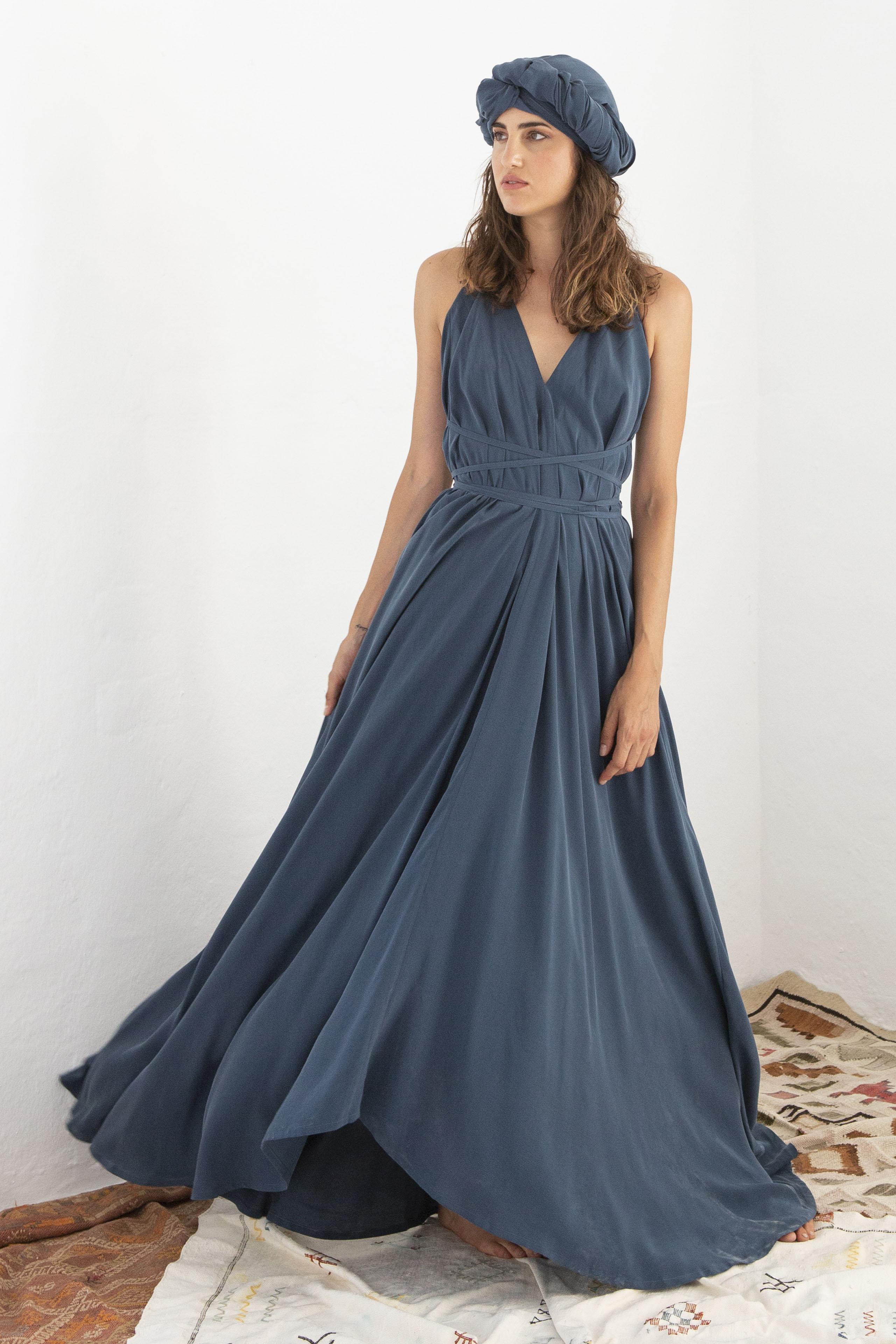 multifunctional long cupro dress, majorica blue, damen - suite 13