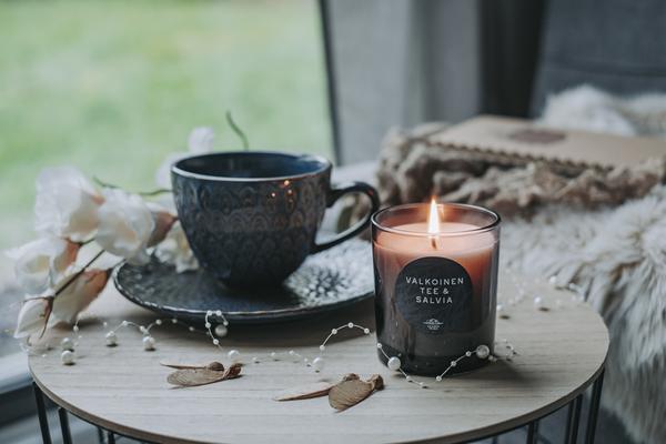 Valkoinen Tee & Salvia tuoksukynttilä