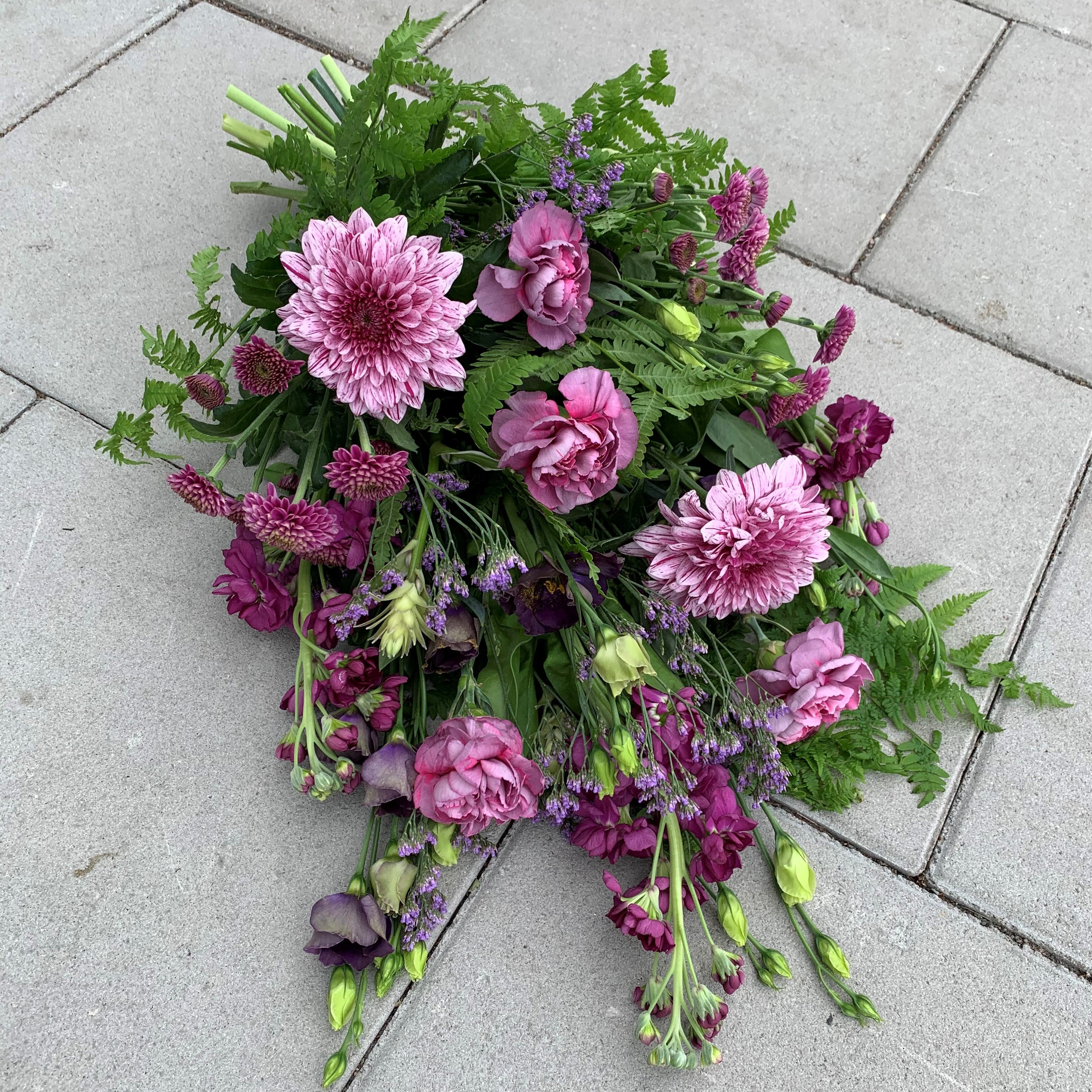 Liggande bukett - Violett
