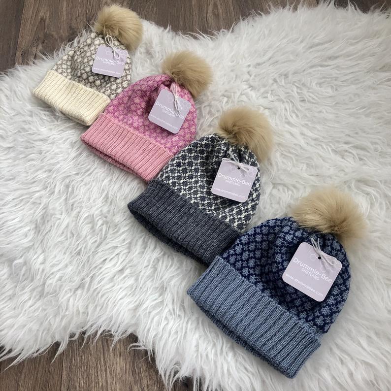 Drummie-Bee Baby Hats 6-12m