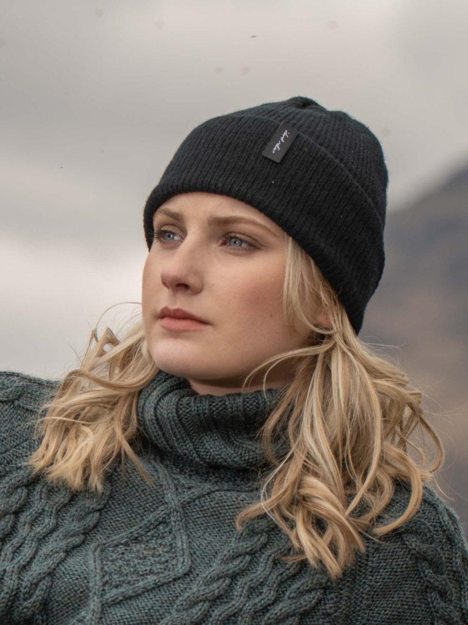 Island Nation Studio Ribbed Winter Hat - Black