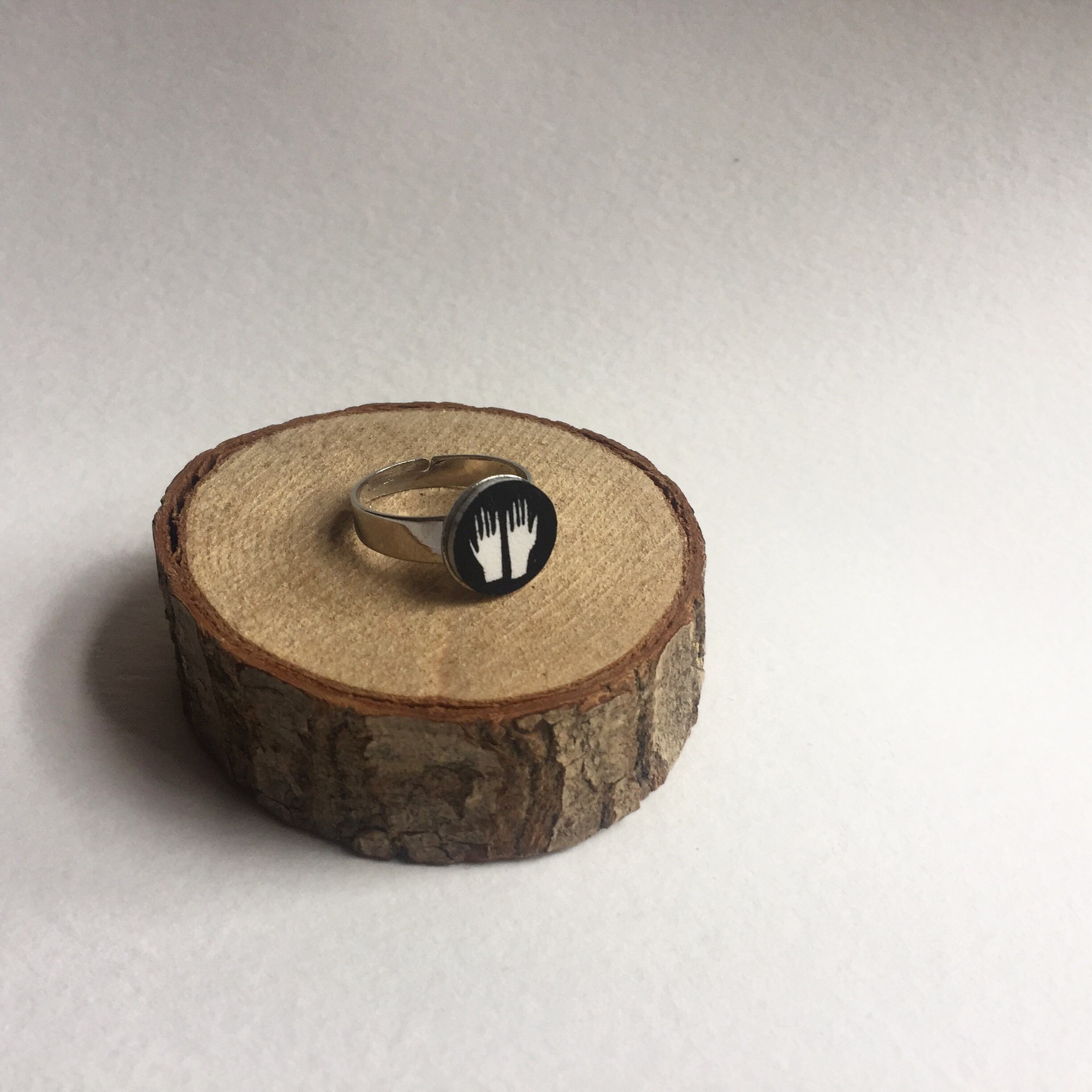 Nicola Boon Hands Illustrated Ring
