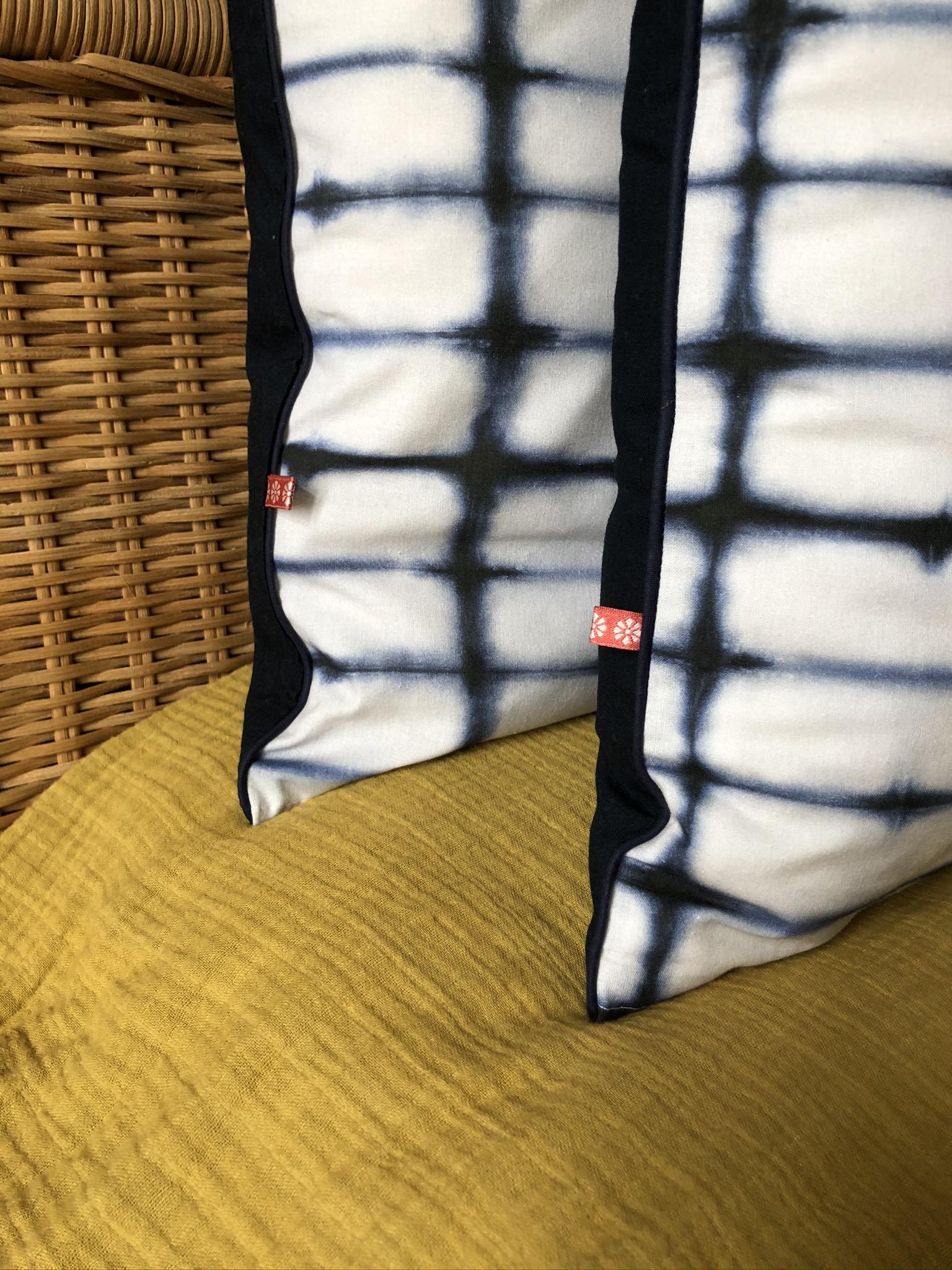 "Handgefertigte Kissenhülle ""shibori"""