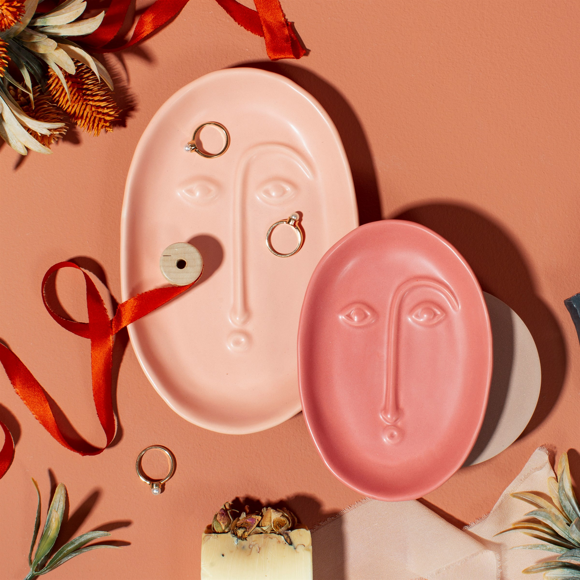 Abstract Face Dish, Pale Pink