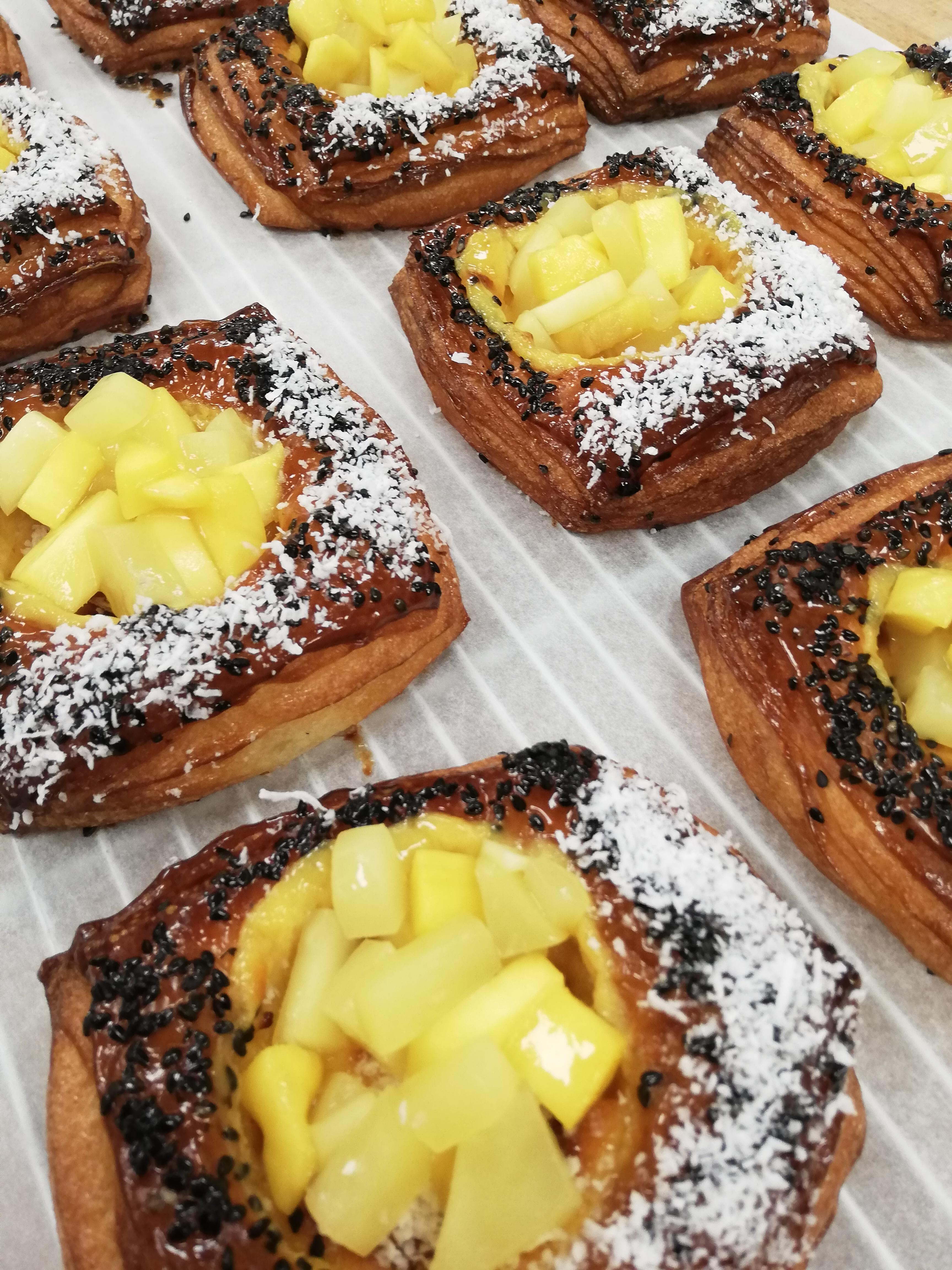 (SAT) Passionfruit & Mango Danish