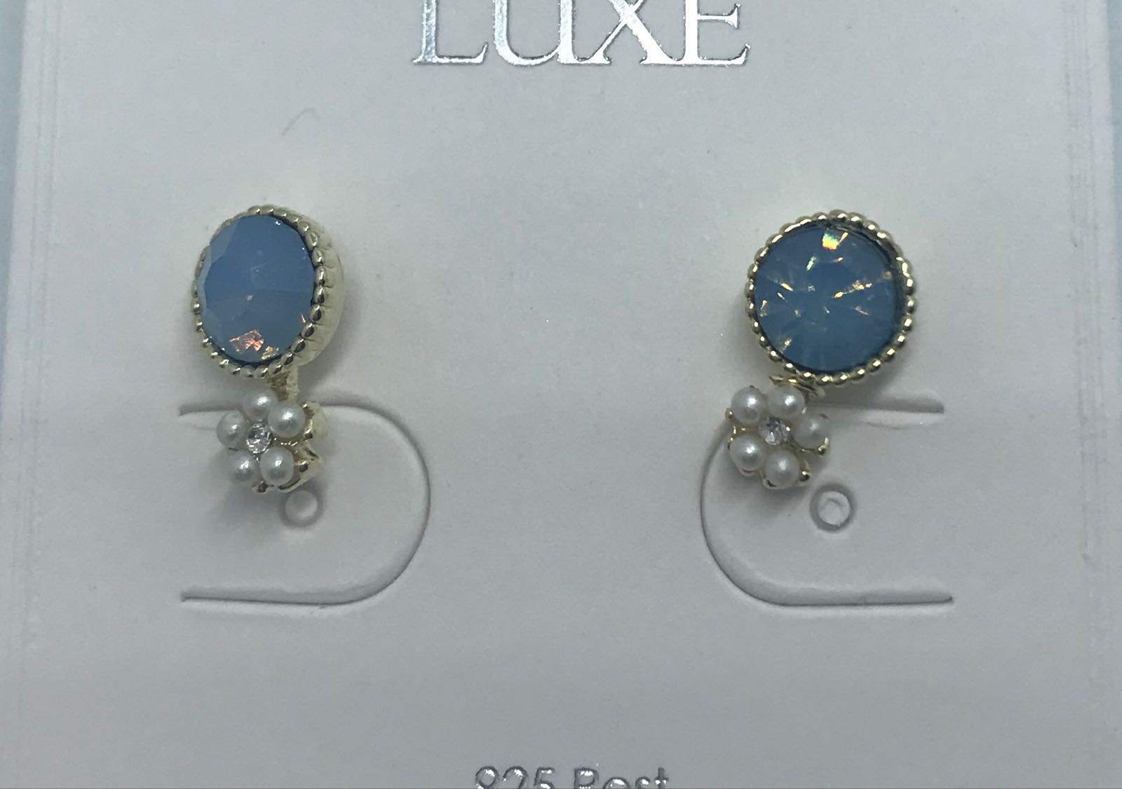 Life Charms blue earrings with daisy pearl dr