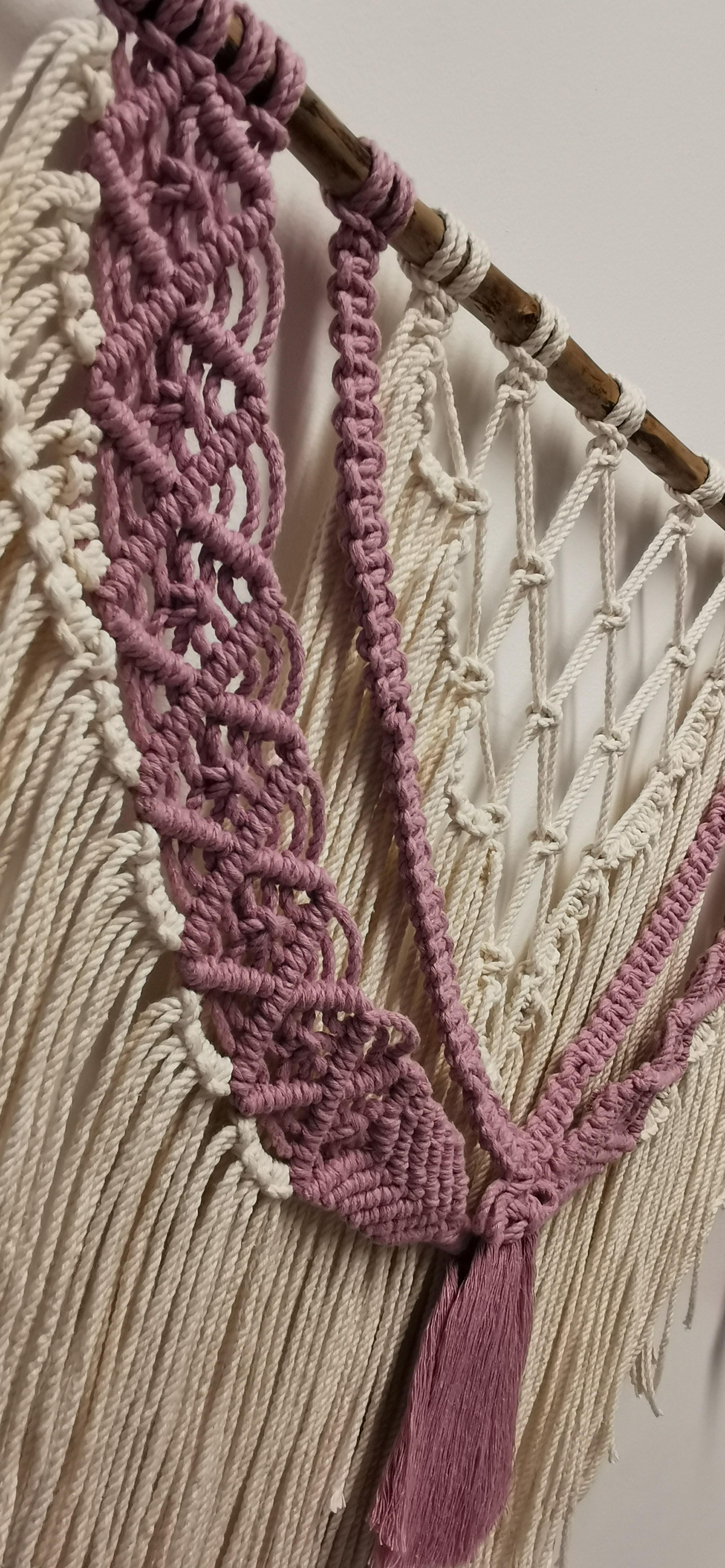 Makrame veggheng rosa/hvit