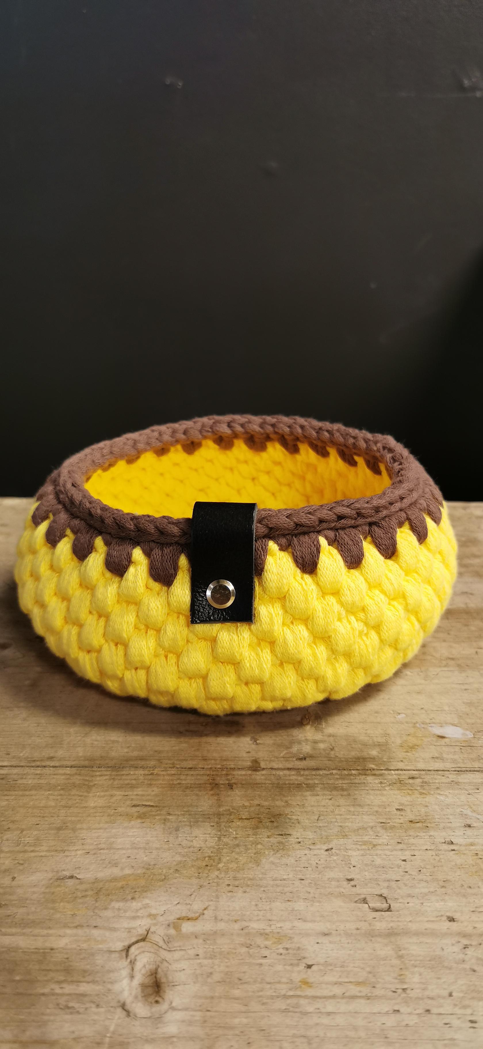 Kurv, Ø17 cm gul/brun