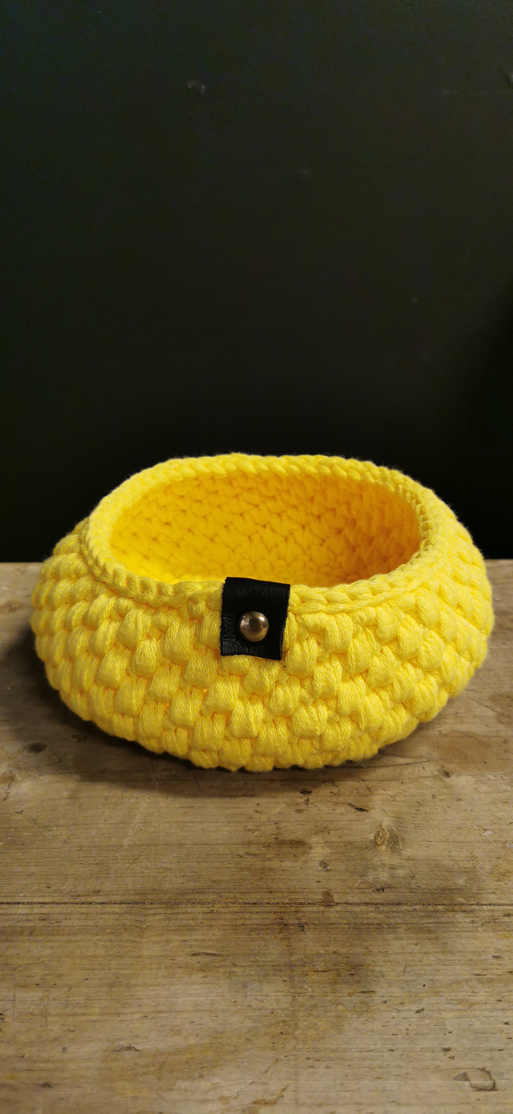Kurv, Ø17 cm gul