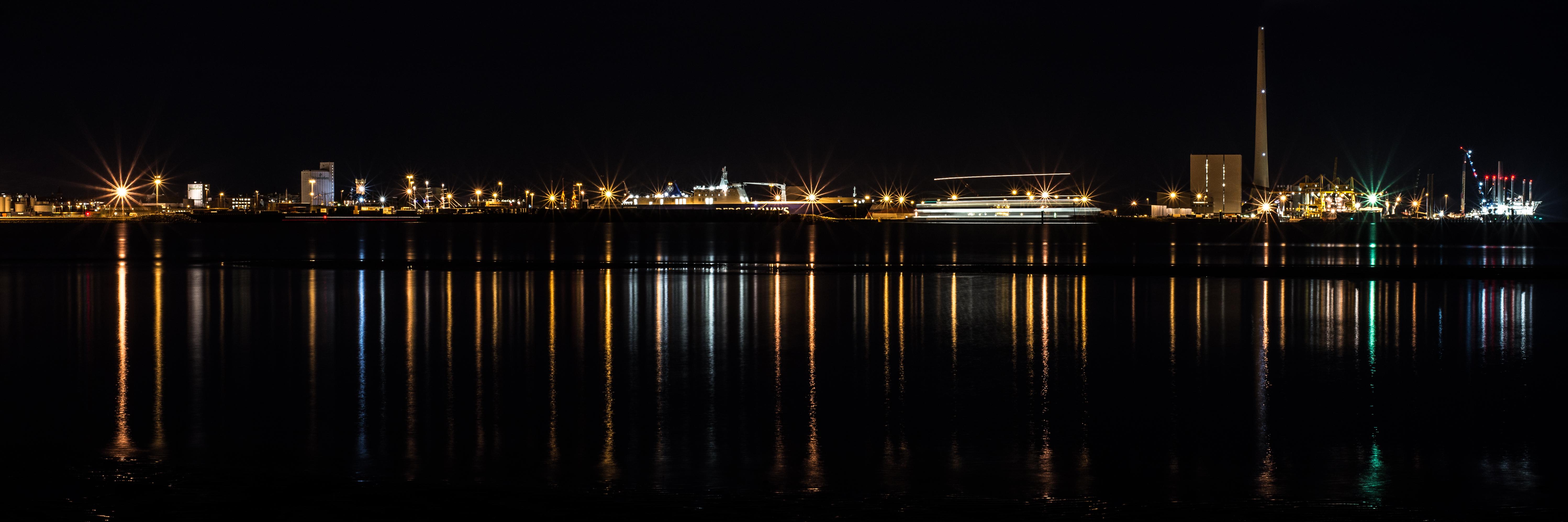 Esbjerg Skyline med færge