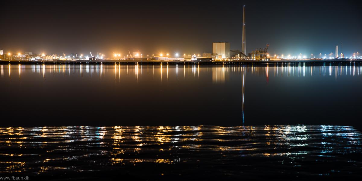 Esbjerg værket by night