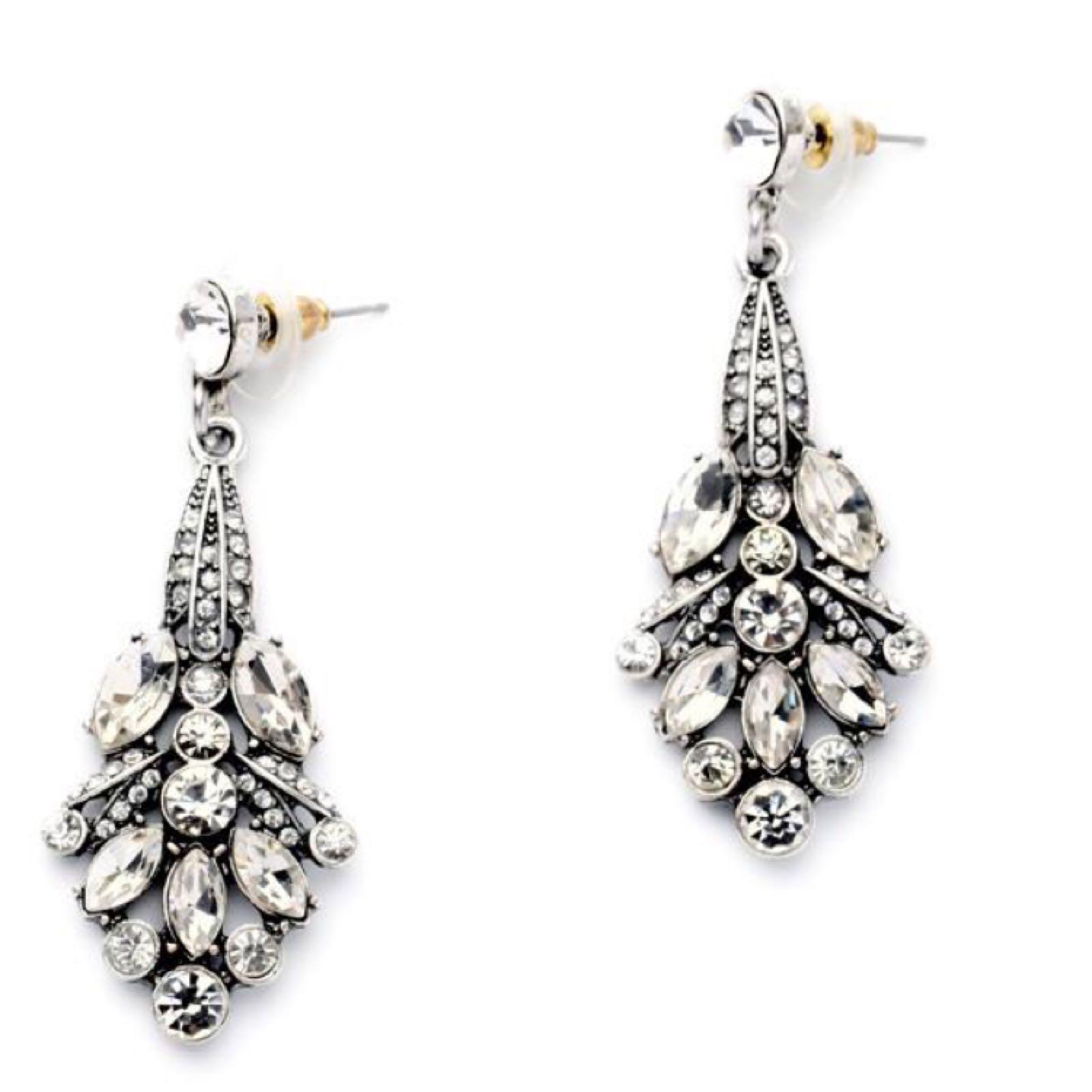 Last true angel elegant drop earrings