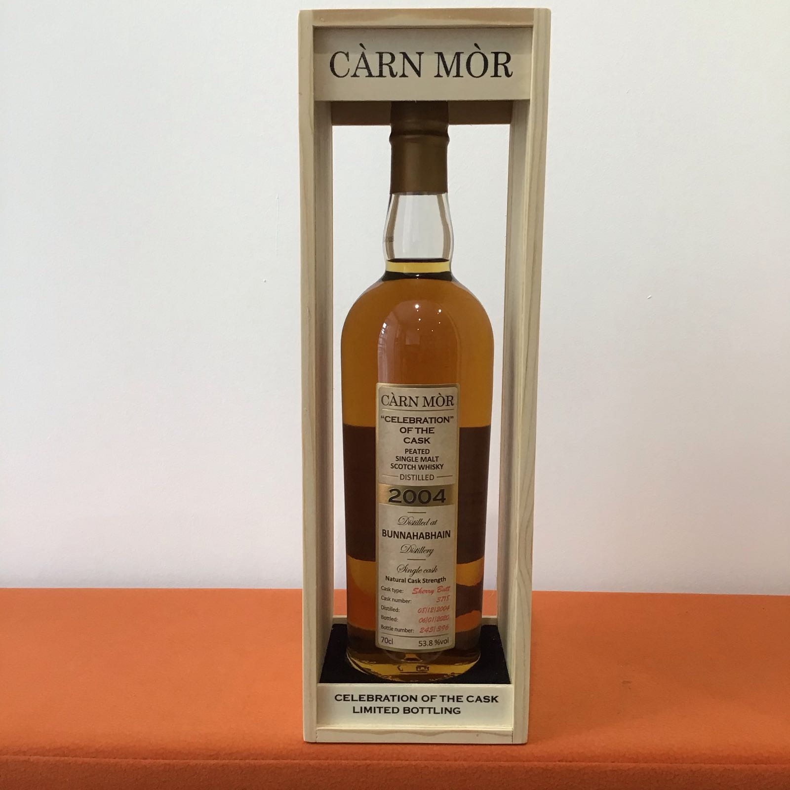 Carn Mor Celebration of the Cask: Bunnahabhain 2004  15 year old peated Cask 3718