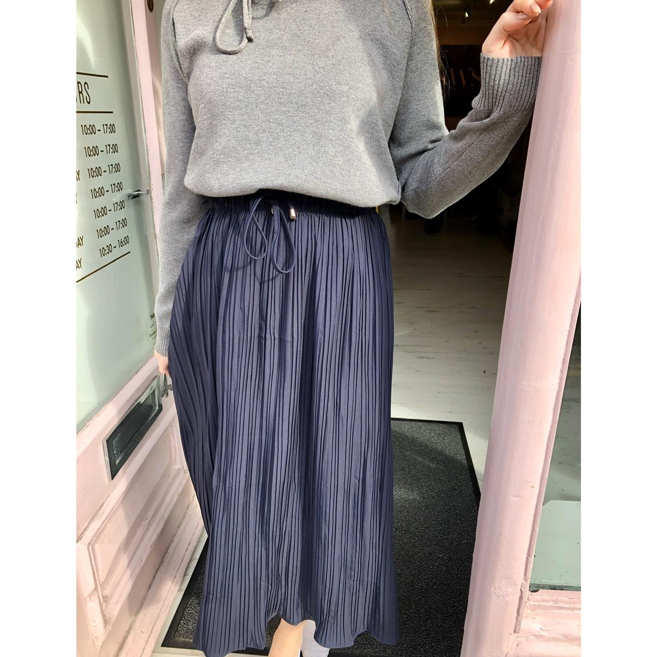 Paper waist Pleat Skirt