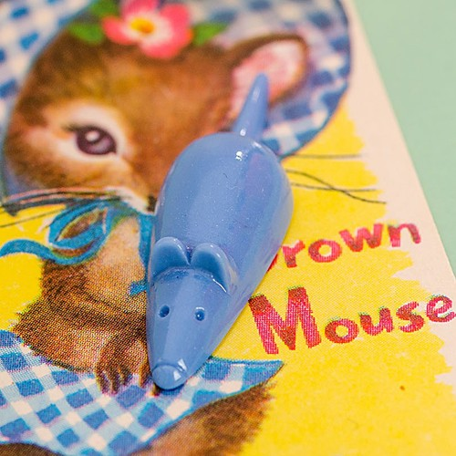 Retro Resin Mouse Brooch Light Blue NBC
