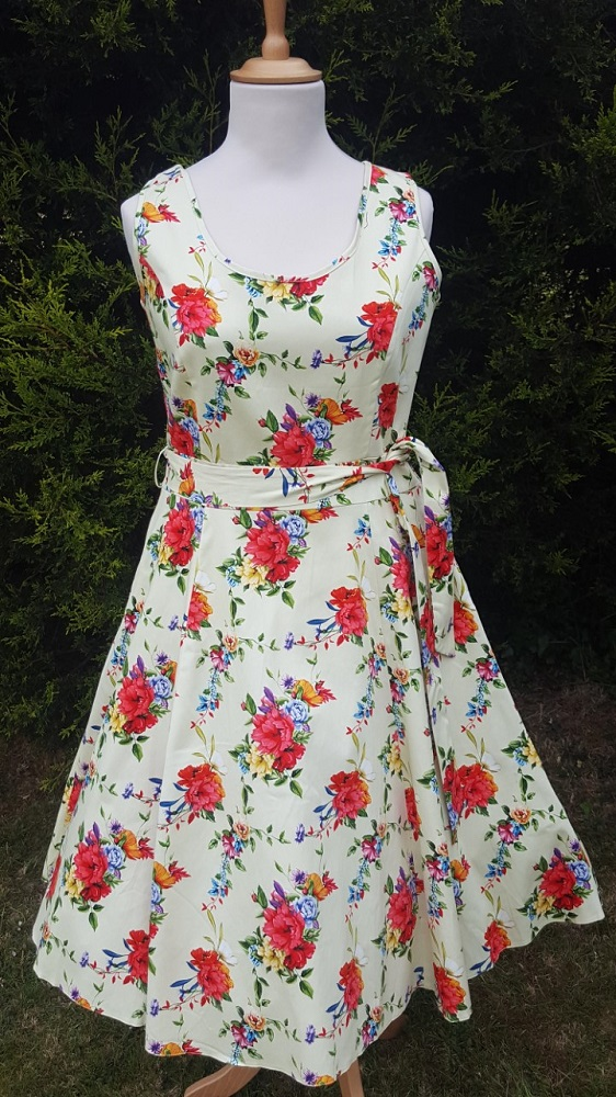 Blossoming Poppy Cream 1950s Style Charlotte Dress
