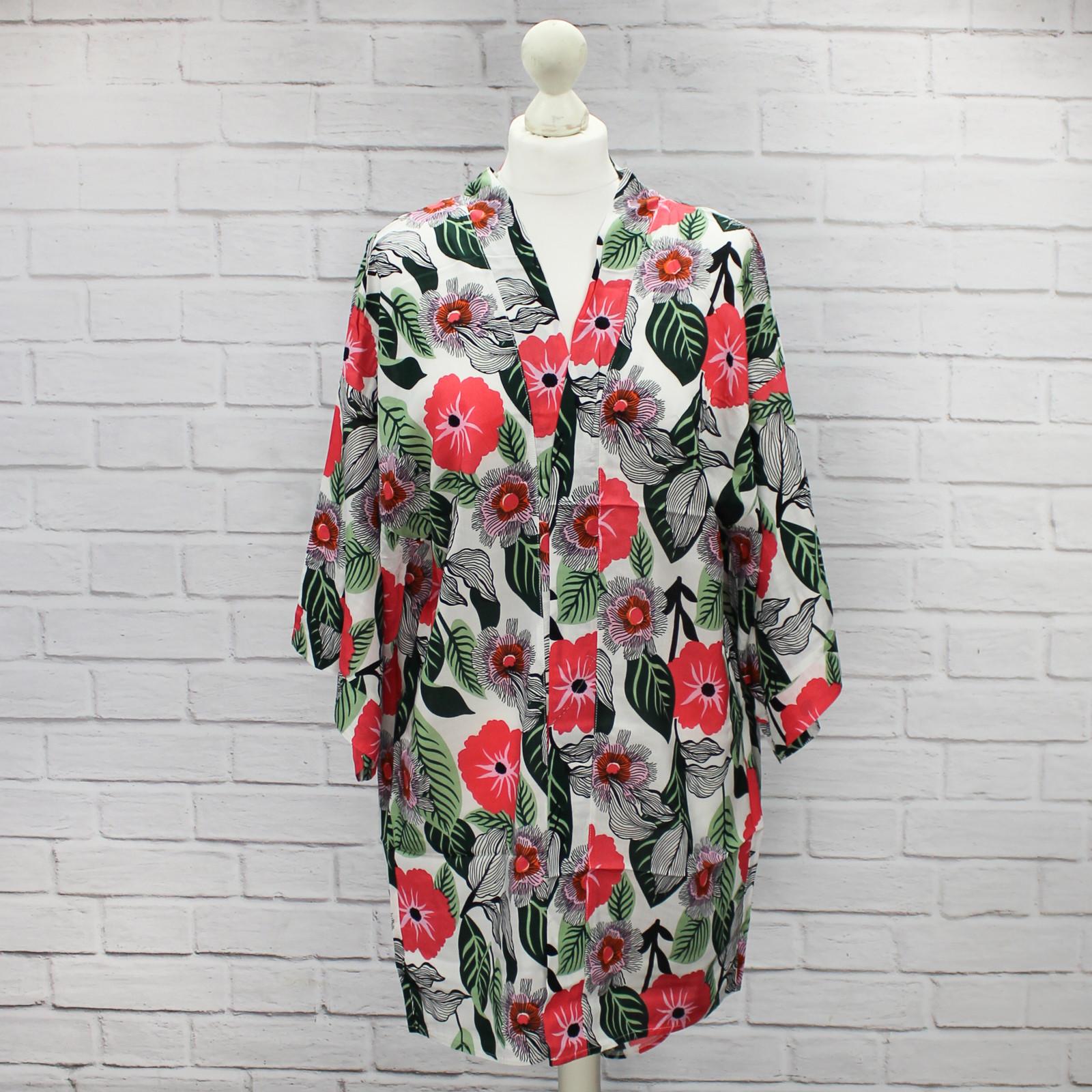 Haruki White Floral Kimono