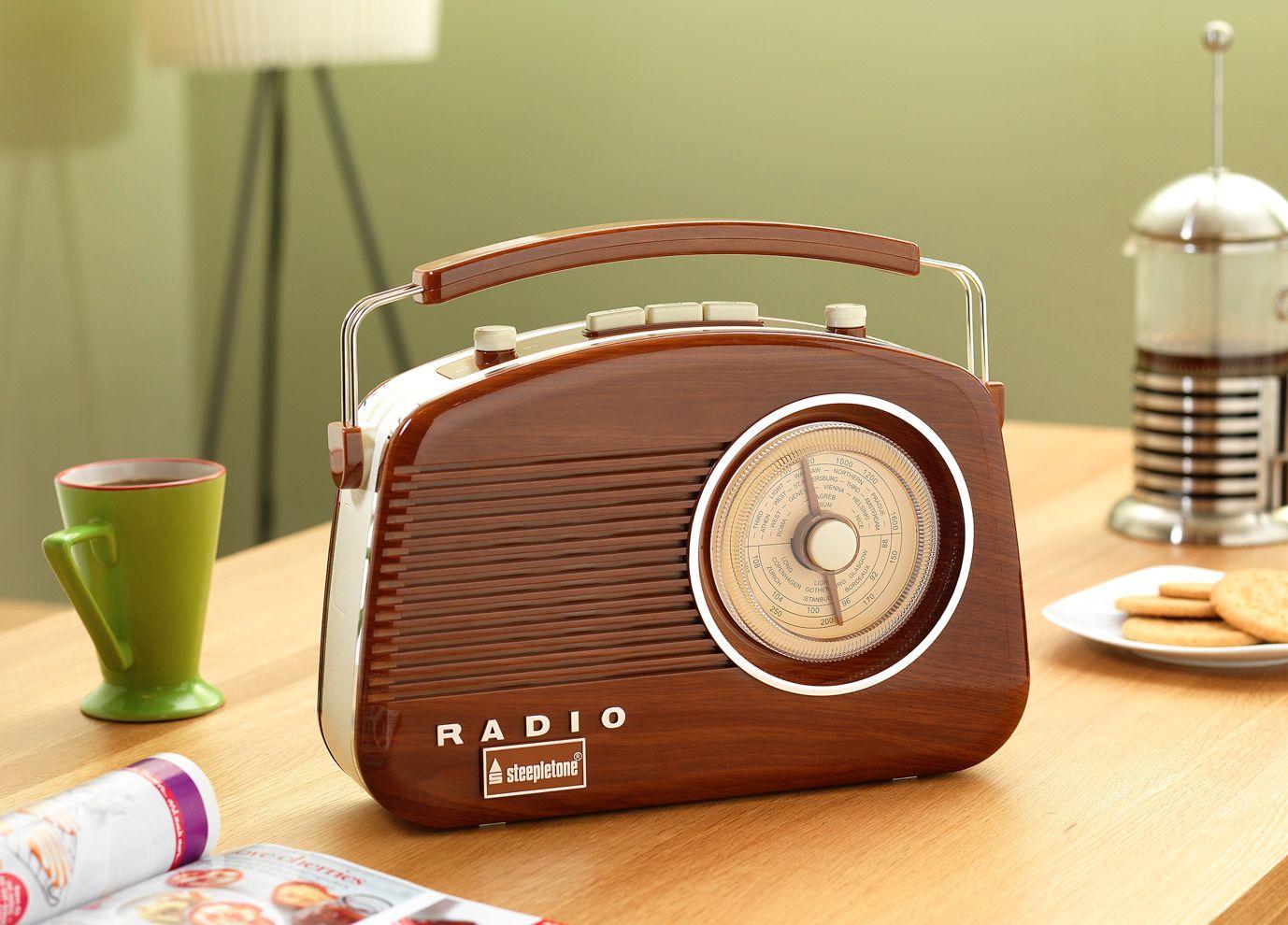 Steepletone Brighton Radio Woodgrain REDUCED