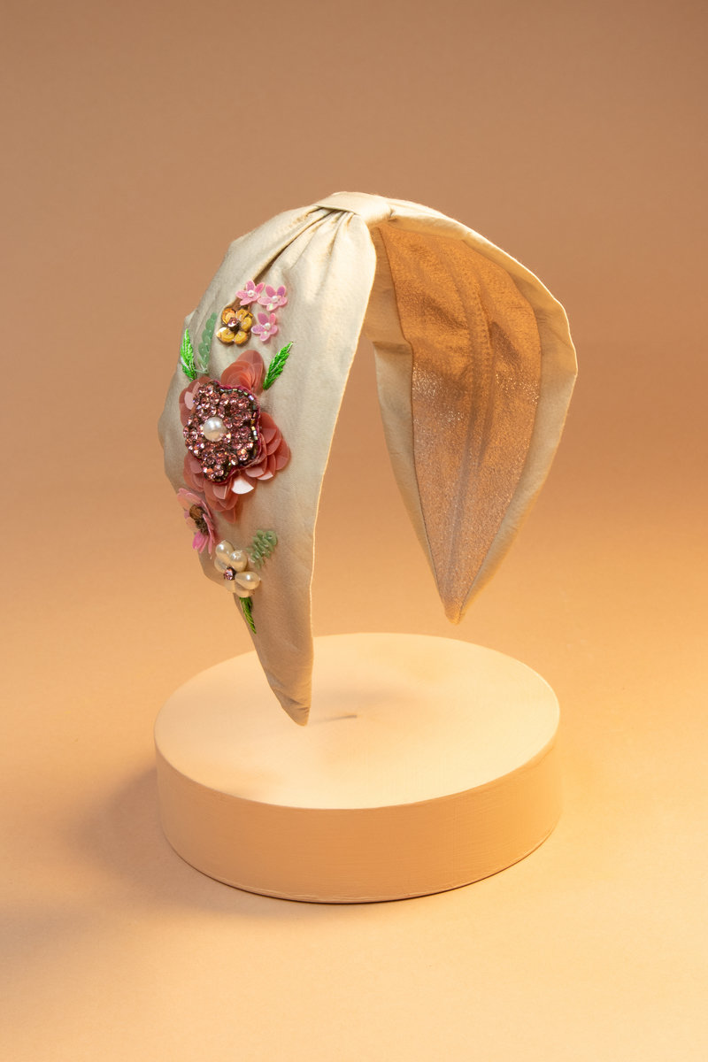 Powder Headband Embroidered Flower Champagne