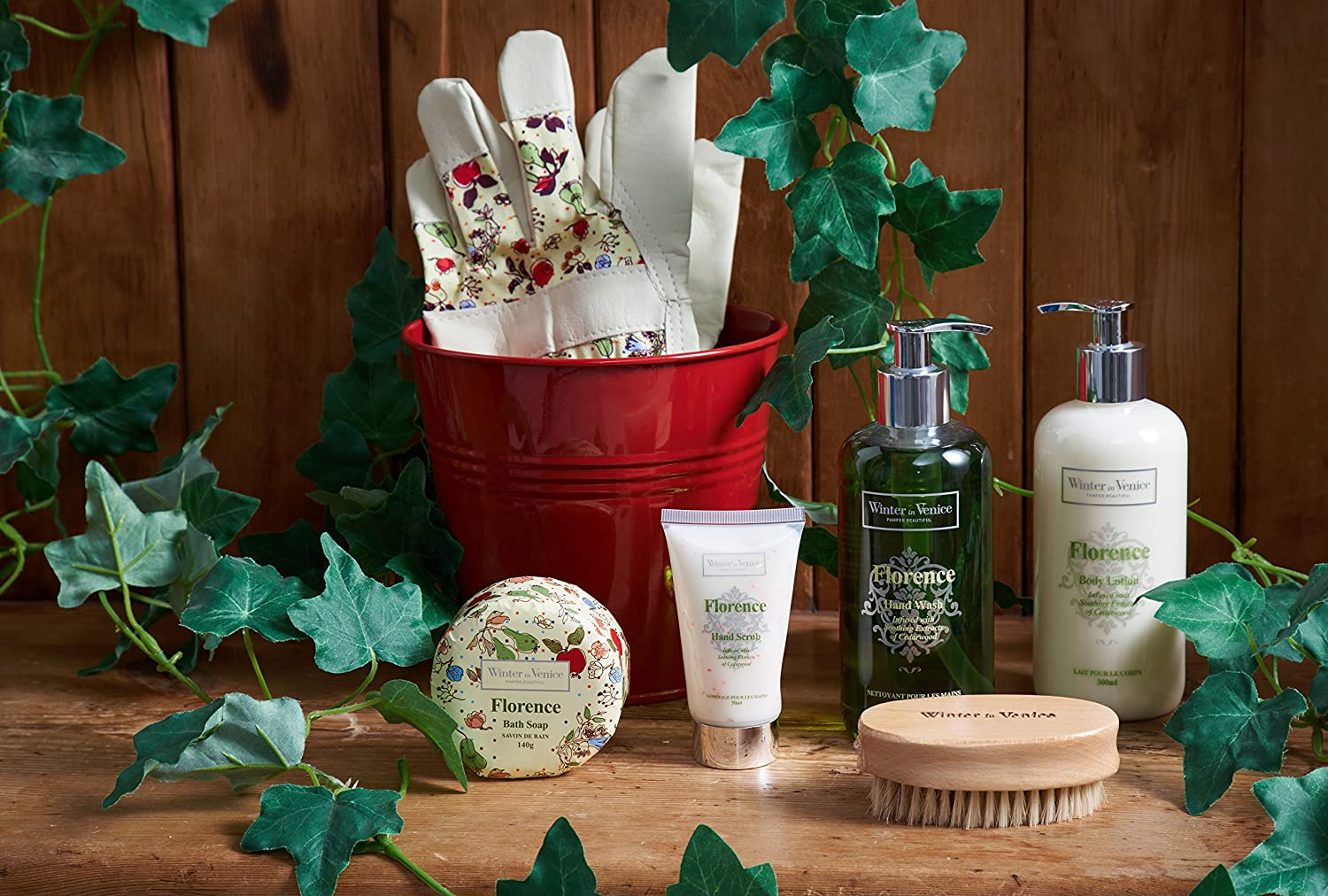 Red Florence Pot Spa Beauty Gift Set