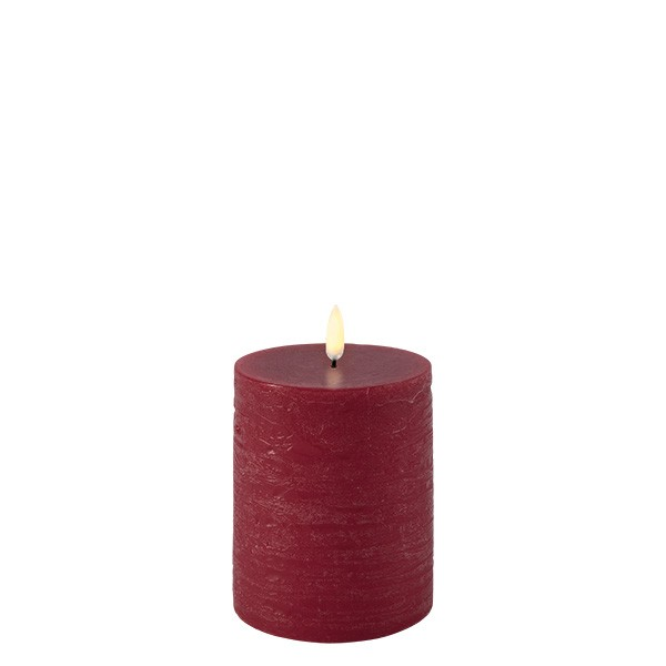Pillar Candle 7,8 x 10,1 cm RED