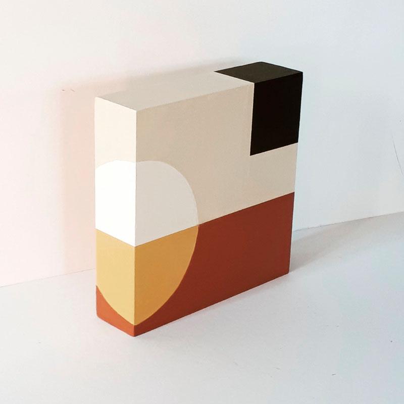 HIG093, Chocolate Creams