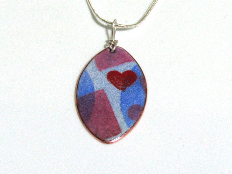 MCA167, Oval Multi Heart Pend S/S chain