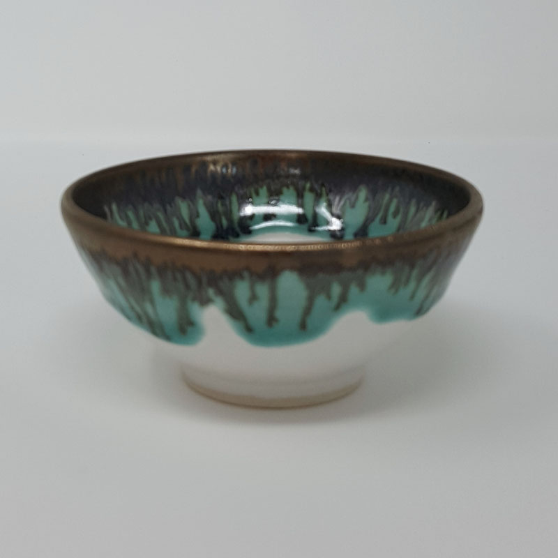 BRI056, Tiny white and gold bowl