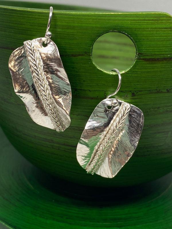 POW004, Feather / Leaf Earring