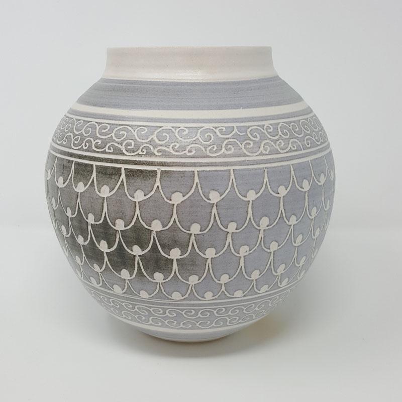 BRI061, Grey Carved Moon Jar